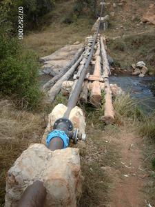 13 Wasserrohr ohne Wasser